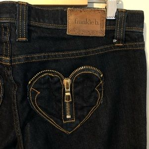 Frankie B. Jean Heart Zip Pocket Dark Wash NWOT 30
